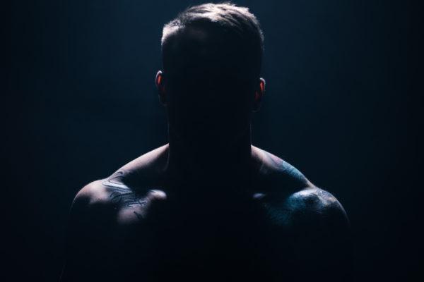 Portrait Kämpfer Max Schlegel Training für Videodreh zum Imagefilm